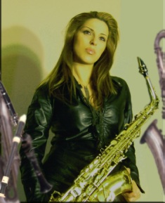 sax lady (2)